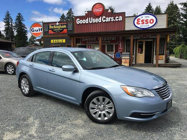 2013 Chrysler 200 - No Accidents - SALE PRICED!!