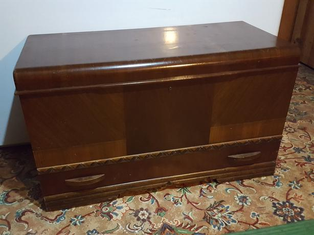 """""""RED SEAL"""" CEDAR CHEST by HONDERICH FURNITURE CO., 1947"""