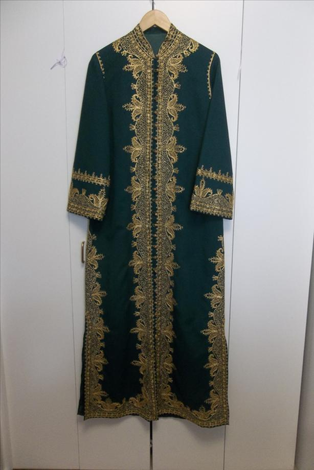 Mint condition beautiful vintage Middle East dress 12/14
