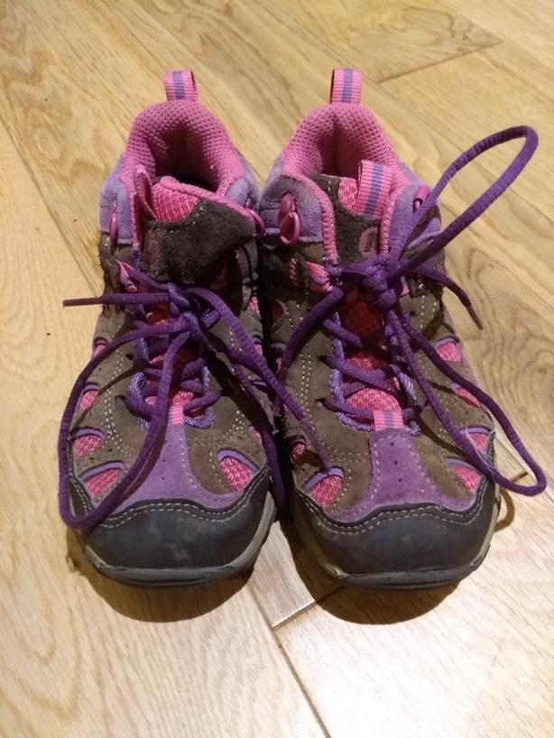Kids Merrell Chameleon Hikers size 11
