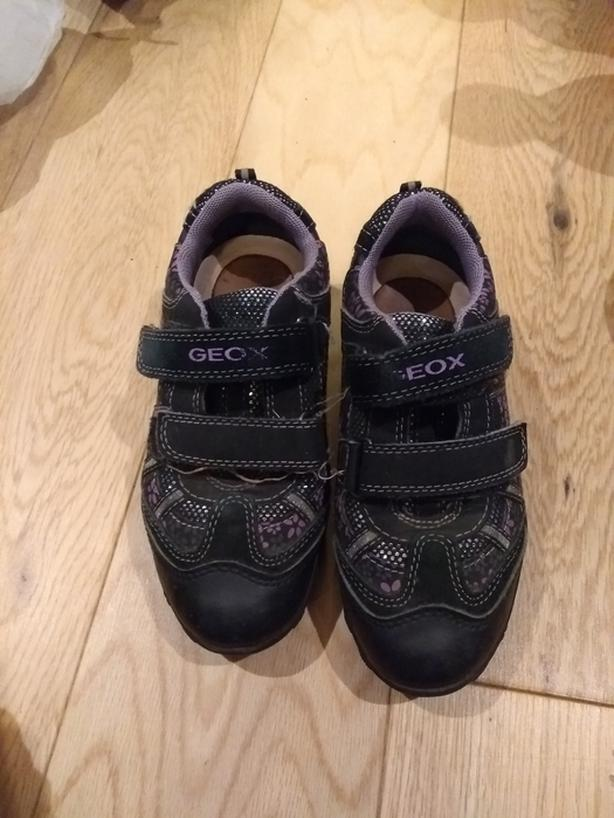 Kids Geox running shoes size 11
