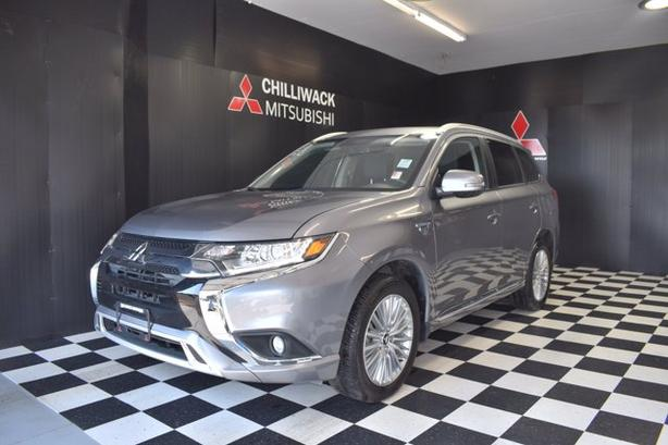 Pre-Owned 2019 Mitsubishi Outlander PHEV SE Limited Edition 4WD Sport Utility
