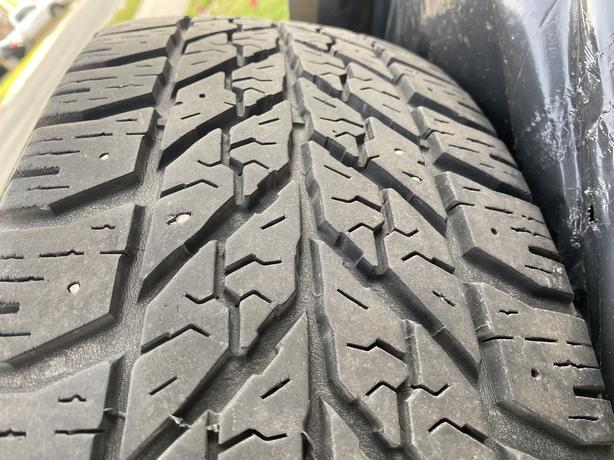 215 60 R16  Good year winter tires