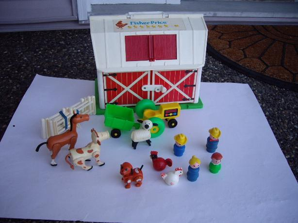 FISHER PRICE BARN AND ACCES