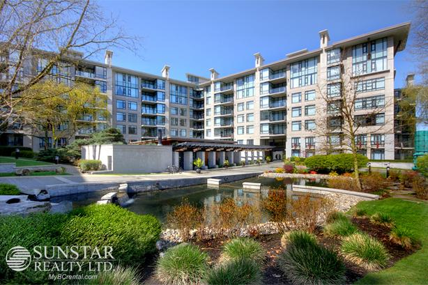 Quilchena 2 Bed 2 Bath Condo w/ Fireplace & Balcony @ Marguerite House