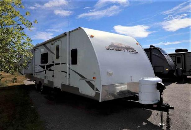 2010 CrossRoads RV SUNSET TRAIL 29BH