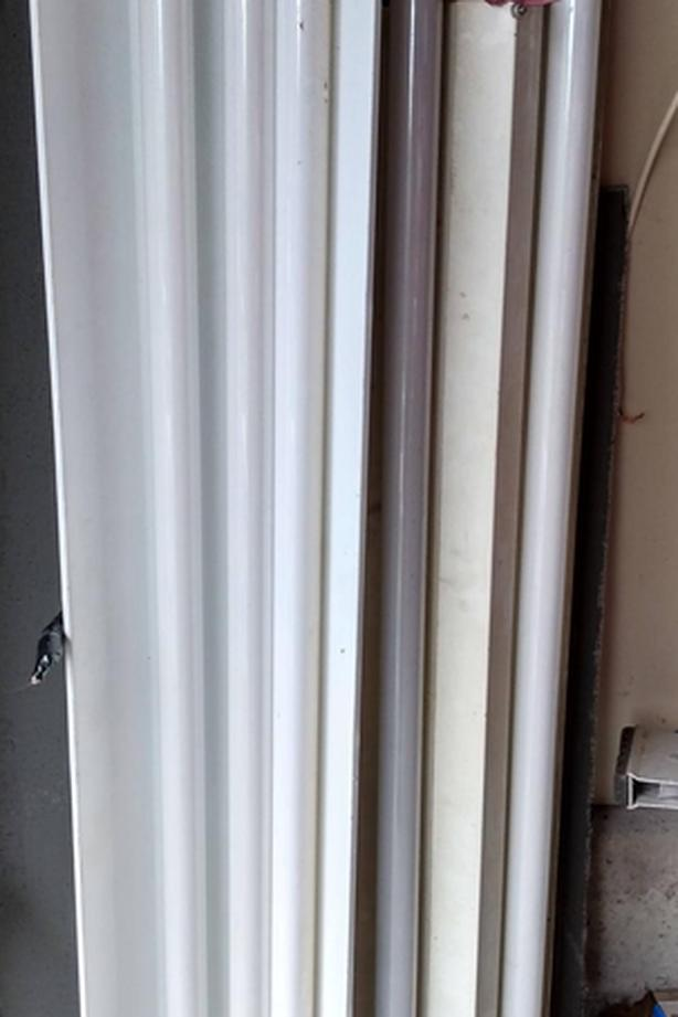 FREE: Two used 4' Flourescent workshop light fixtures