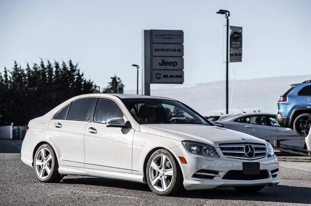 Used 2011 Mercedes-Benz C-Class C300 4MATIC Low Kilometers Power Sunroof Sedan