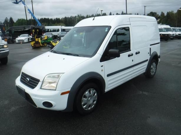 2012 Ford Transit Connect XLT Cargo Van with Bulkhead Divider