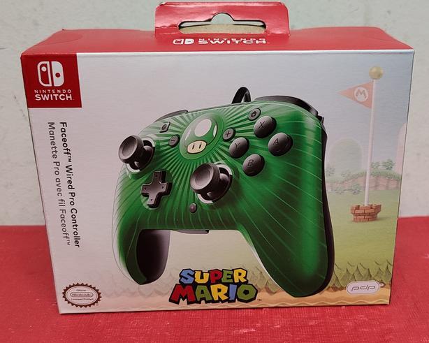 Nintendo Switch Mario Mushroom Faceoff Wired Pro Controller