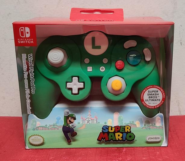 Nintendo Switch PDP Luigi WIred Fight Pad Pro Controller