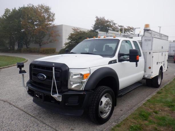 2012 Ford F-450 SD SuperCab Dually Service Truck 4WD