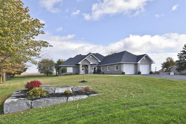 Beautiful custom built home w/quality workmanship & materials!