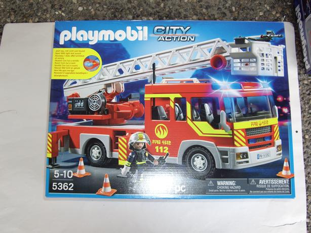 PLAYMOBIL 5362 NEW IN BOX CITY ACTION