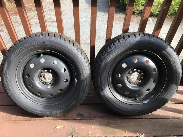 Bridgestone Blizzak winter tires on universal-type rims