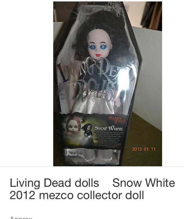 Living dead doll Snow White