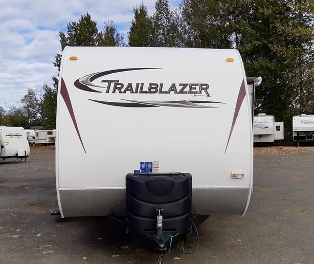 2013 Komfort Trailblazer Series M-2700RB