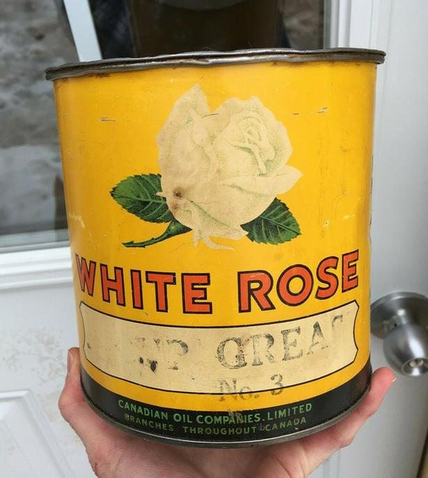 RARE 1930's VINTAGE WHITE ROSE CUP GREASE NO. 3 (5 LBS.) CAN