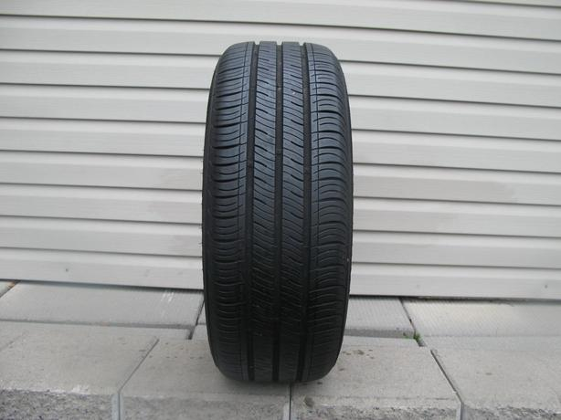 ONE (1) KUMHO SOLUS TIRE /205/55/16/ - $30