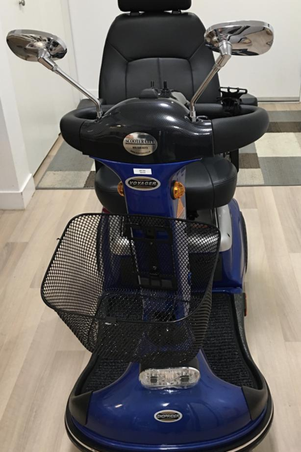New shop rider blue scooter