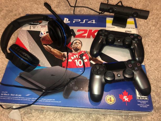 PS4 slim 1TB + nba 2k18 & accessories