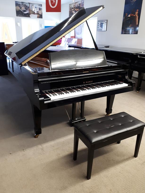 "K. Kawai GS-70 7'4"" Grand Piano"