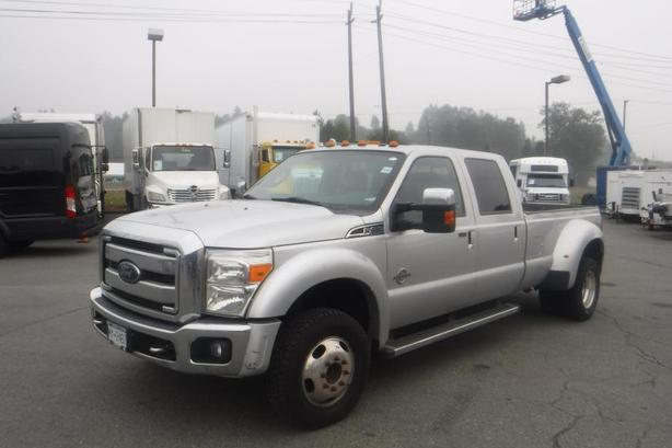 2013 Ford F-450 SD Crew Cab Dually 4WD Diesel