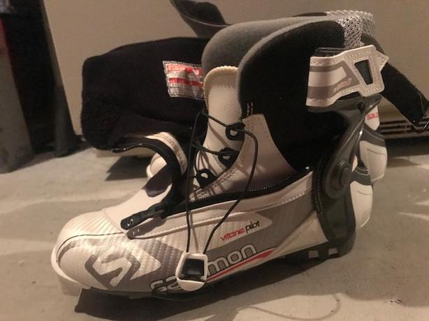 Salomon Vitane 8 Skate Pilot Boots - Women's
