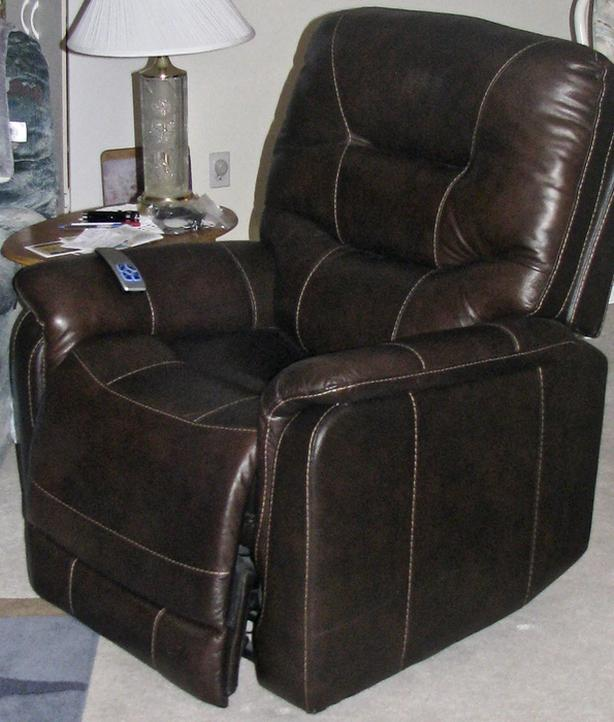 ELECTRIC LIFT/RECLINER CHAIR