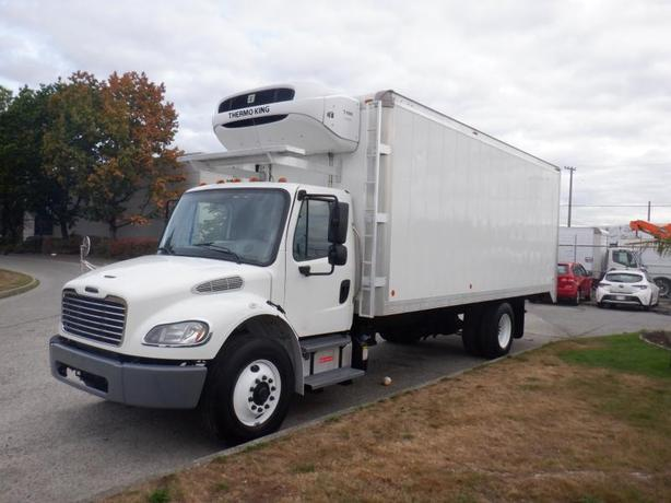 2013 Freightliner M2 106 22 Foot Reefer Cube Van Diesel With Air Brakes