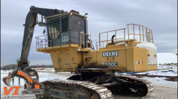 John Deere 800C Log Loader