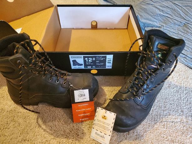 Dakota steel toe work boots, BRAND NEW.