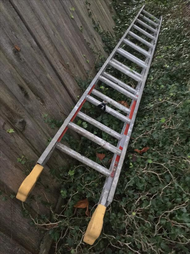 22 Foot Extension Ladder