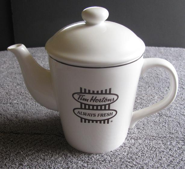 Tim Hortons Collectible 2006 White Ceramic 2-Cup Teapot As New
