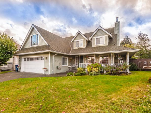 Stunning Centrally Located Semi-Custom Built Home