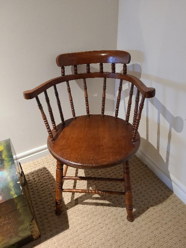 Antique Captain's Chair