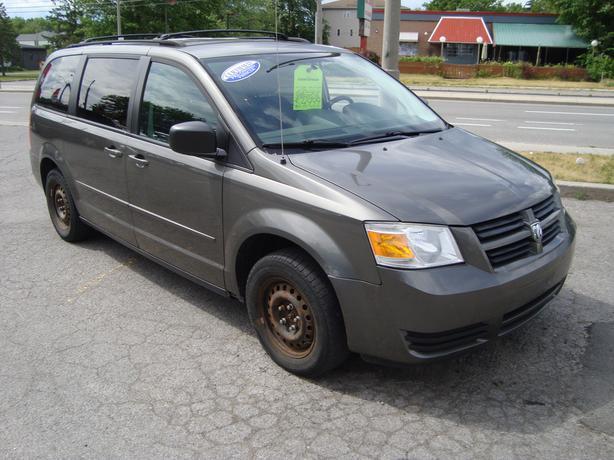 2010 Dodge Grand Caravan ***STOW & GO***