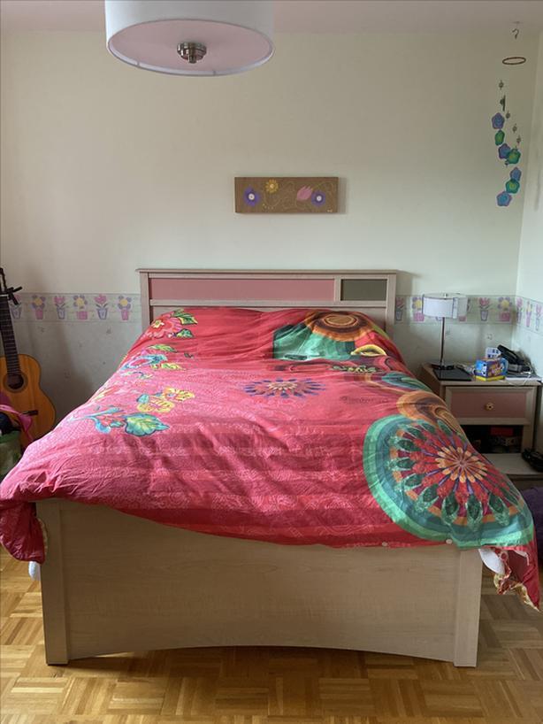 Bedroom set - ensemble de chambre a coucher