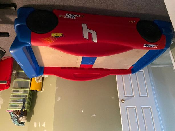 little Tikes Step 2 race car bed