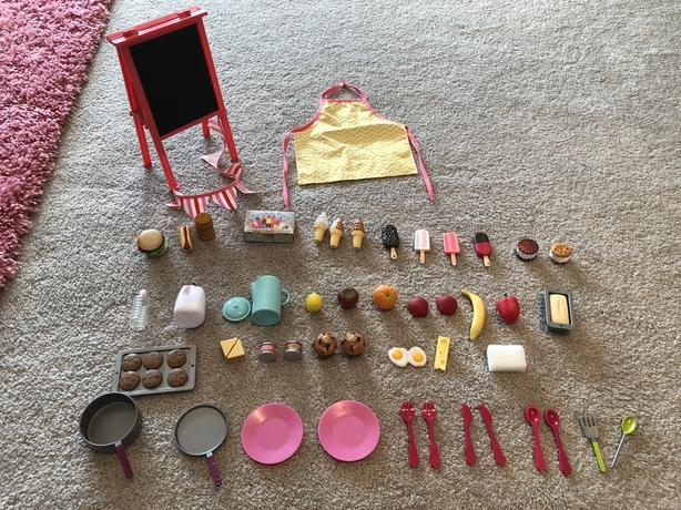 Our Generation Dolls Sweet Stop Set