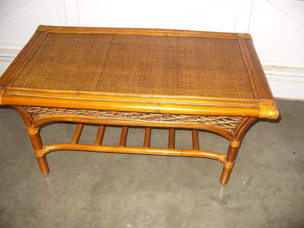 RATTAN COFFEE TABLE C/W SHELF BELOW