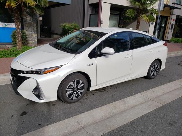 2019 Prius Prime Upgrade with Technology Package