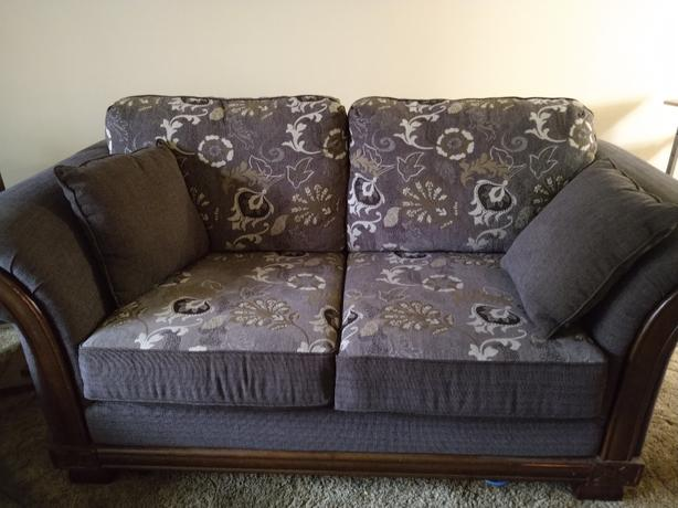 Nearly new Loveseat