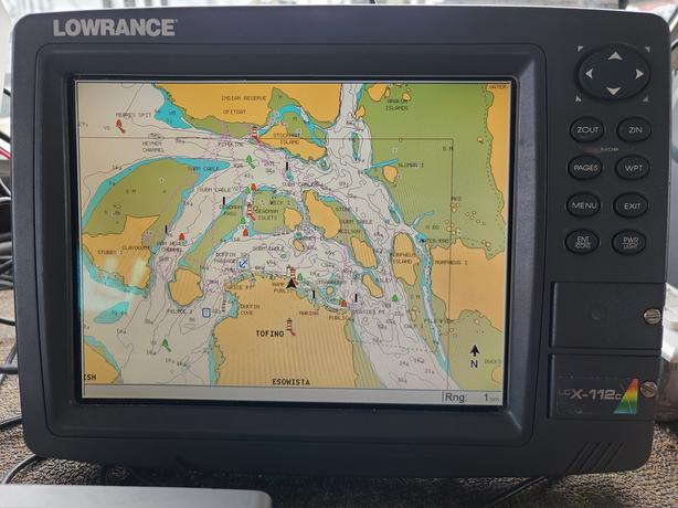"10"" lowrance lcx-112c gps chart plotter with external antenna"