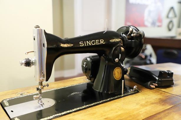 Fully serviced vintage Singer 15-90