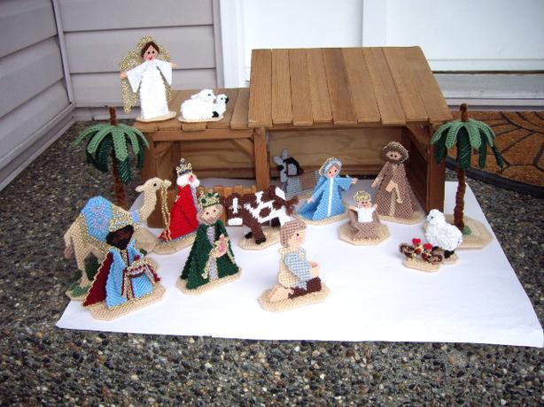 NATIVITY SET WOOD STABLE