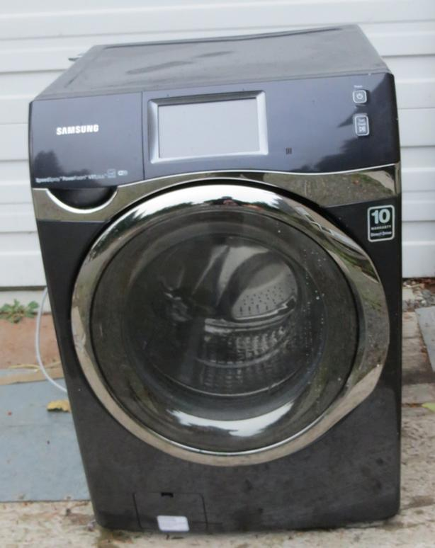 Samsung Front Loading washer - Excellent Condition