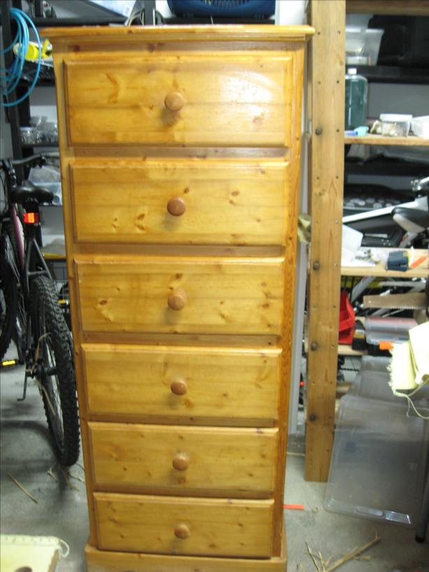 Tall dresser Tallboy Vertical Dresser