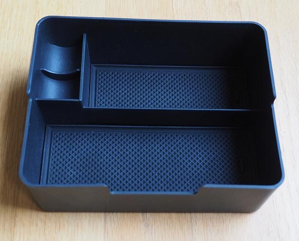 Tesla Model 3/Y center console tray