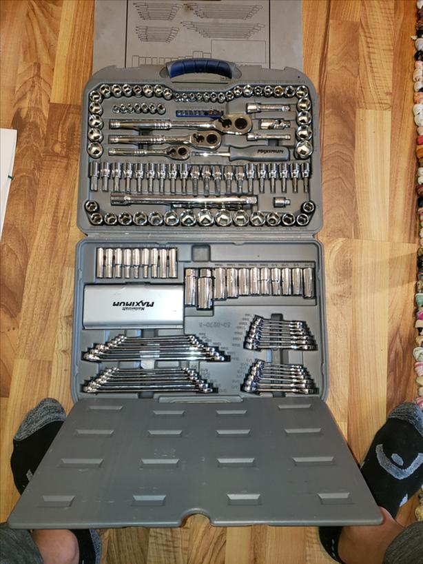 Mastercraft 163 pc socket Set